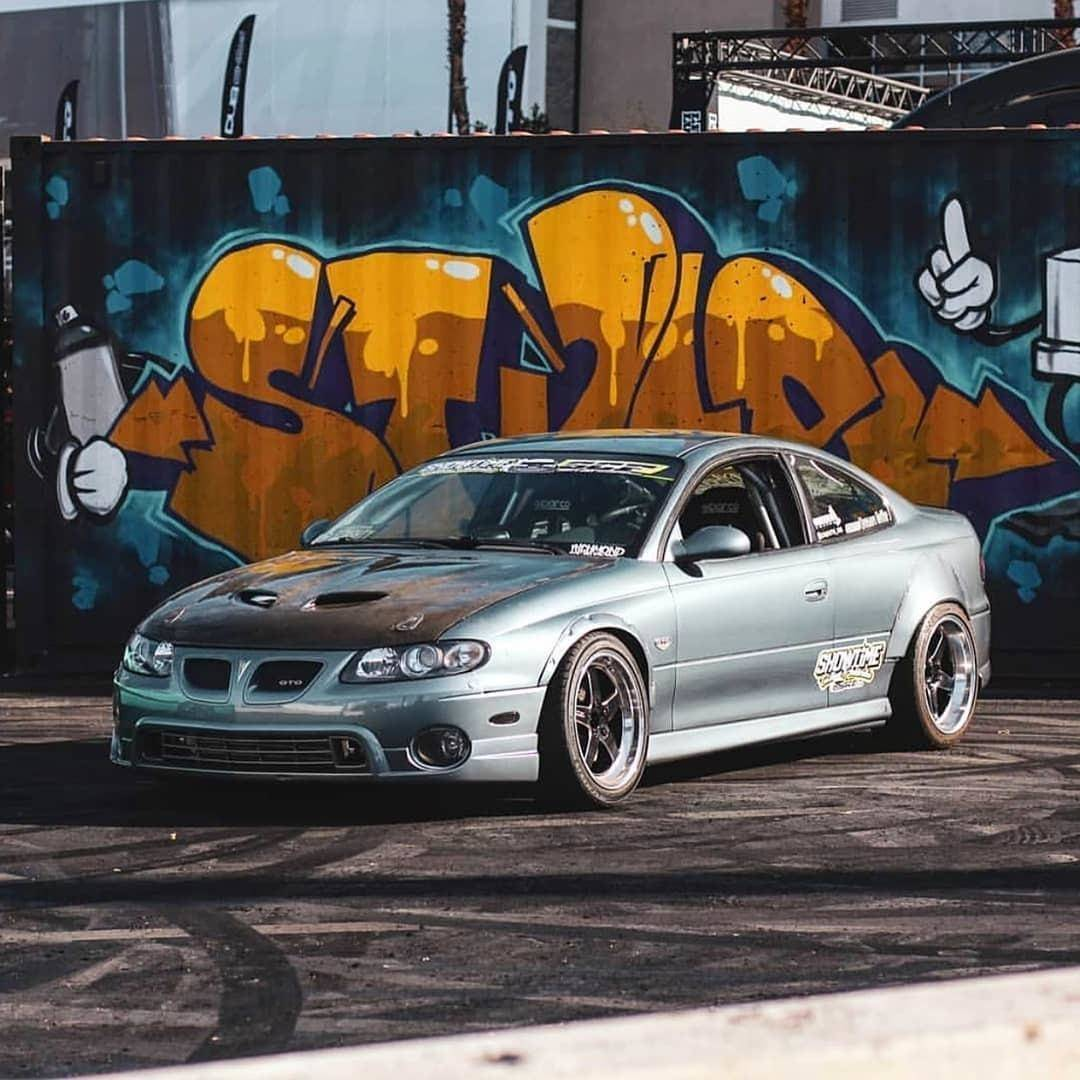 Polyurethane Pontiac GTO 2004-2006 Front Lips